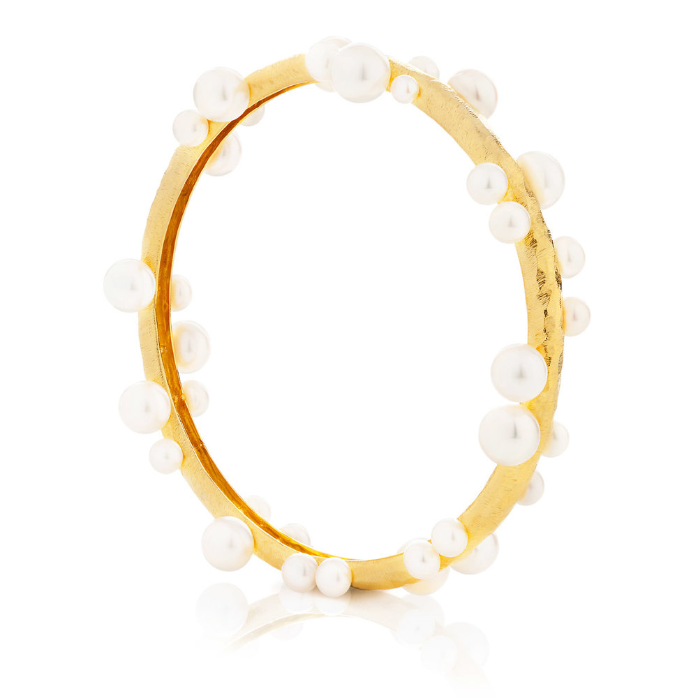 DANCING PEARLS BANGLE