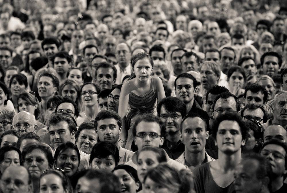 crowd 1.jpg