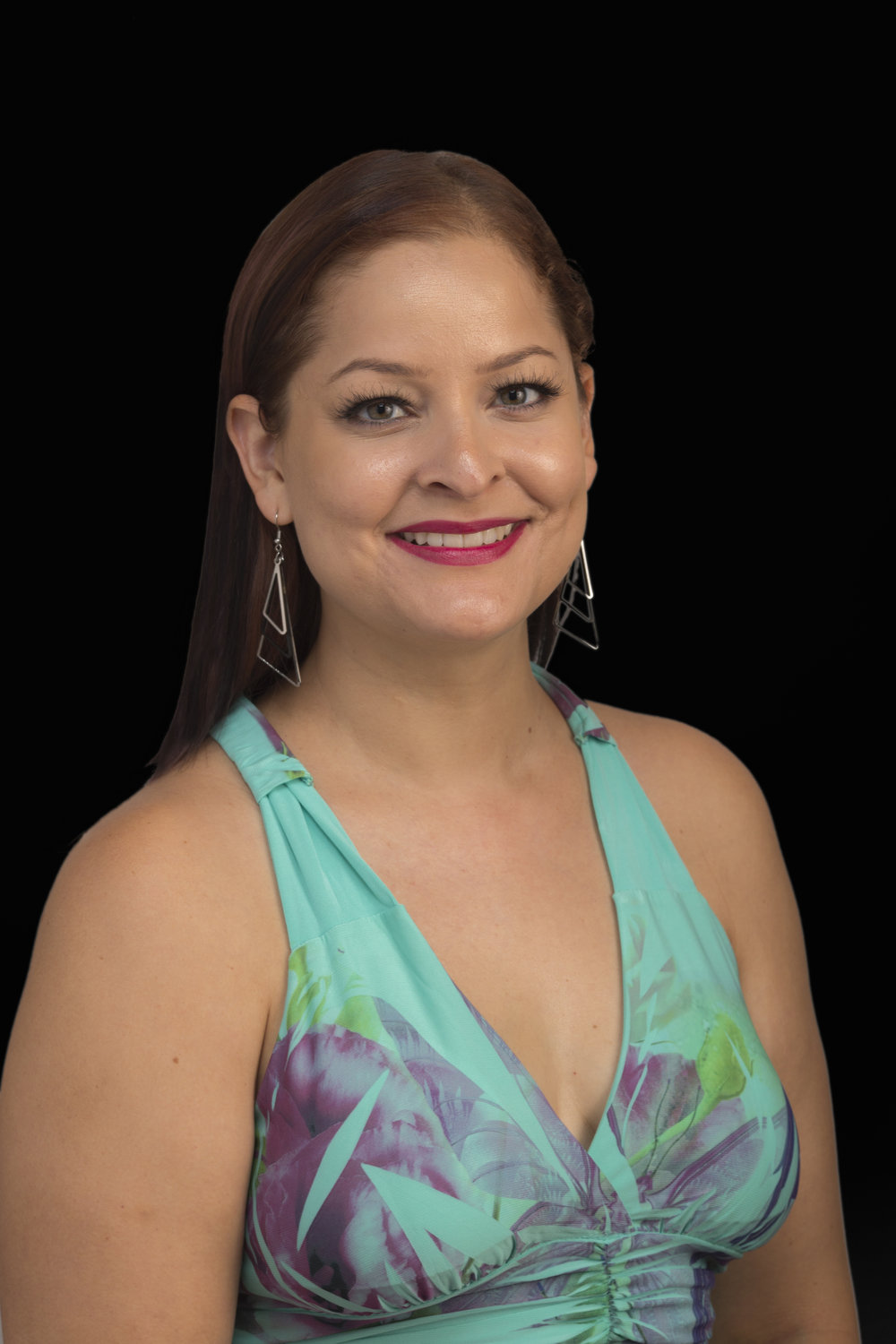 Stacy Allende Headshot