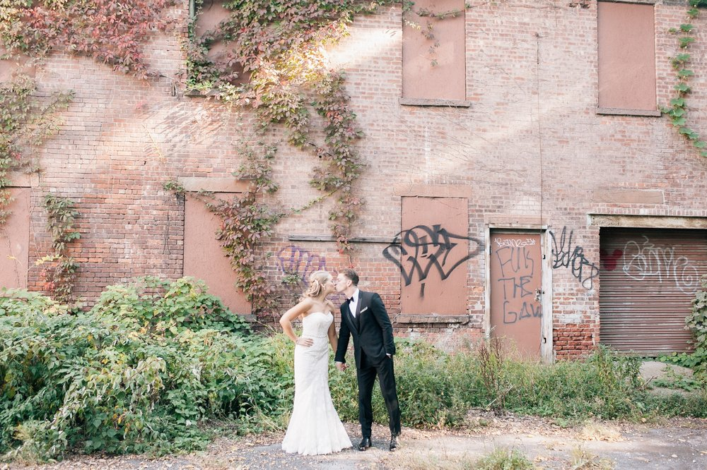 RUSTIC CHIC - Venue: The Roundhouse, Beacon, NYPhotography: Kelly Koller