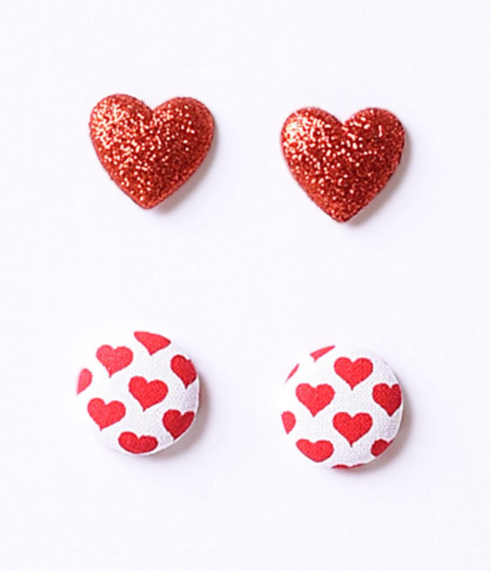 Red_Glitter_Hearts_Pattern_Post_Earrings.jpg