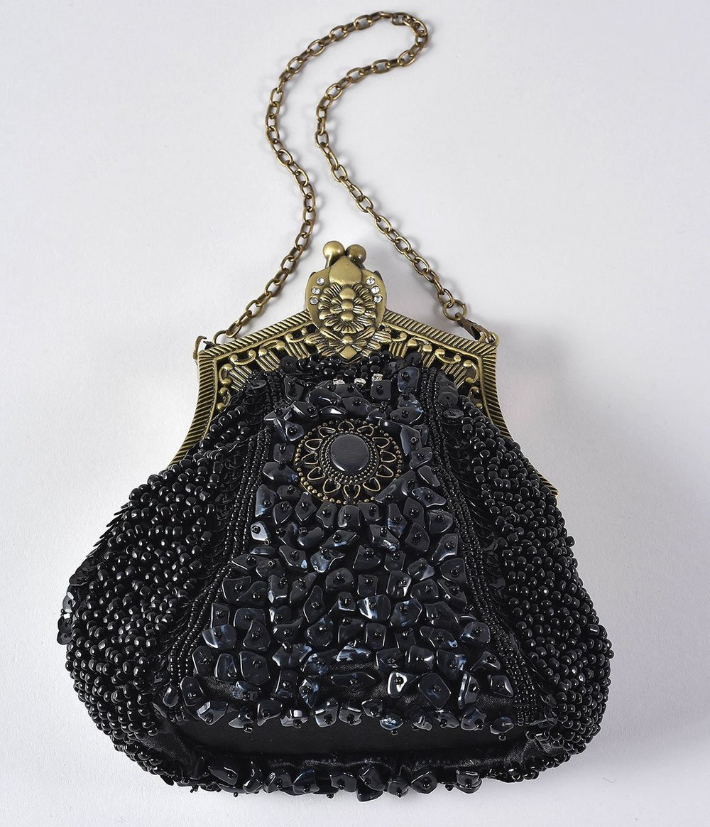 Unique_Vintage_1920s_Style_Black_Beaded_Top_Frame_Flapper_Purse_2_2048x2048.jpg