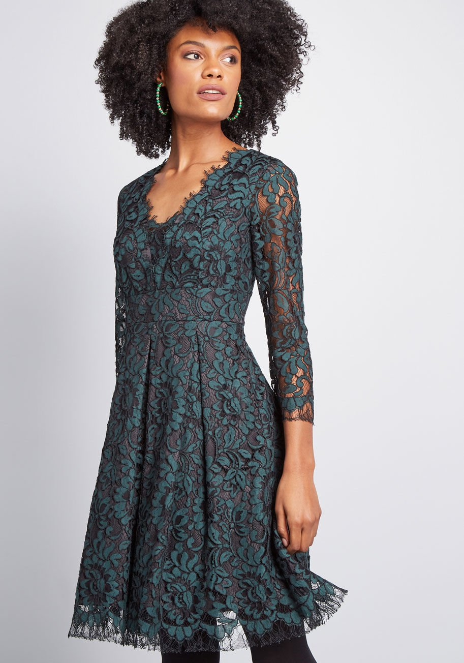10110179_social_sensation_lace_dress_green_MAIN.jpg
