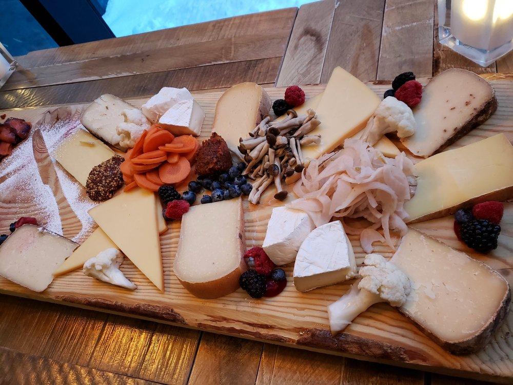 Copy of Senior Fellows' Night Alumni Cheese