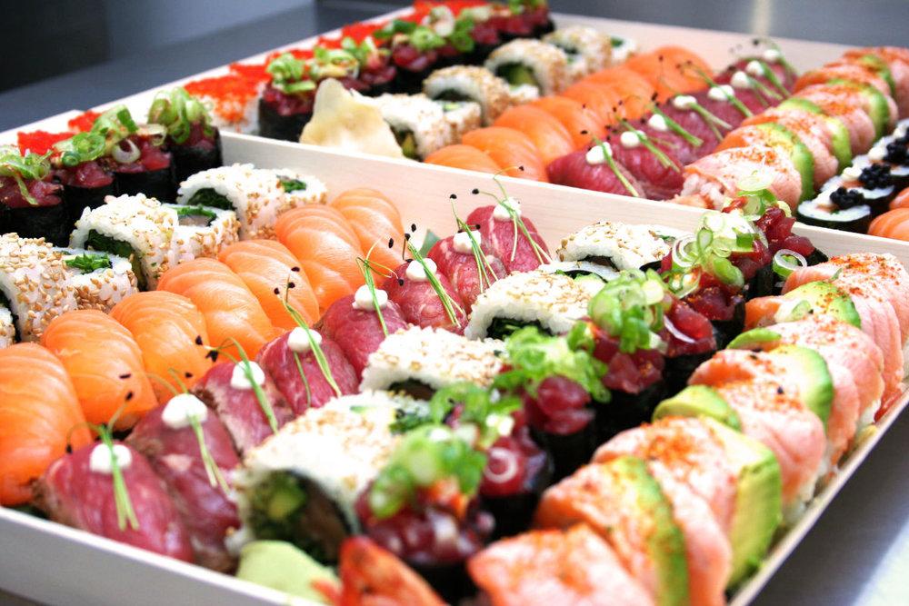 Sushi-Platter-close-up.jpg