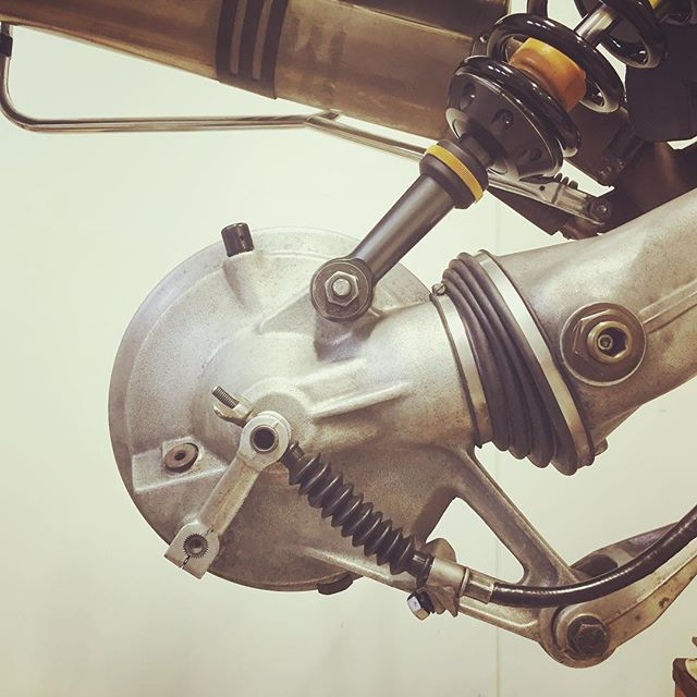 Lots of new additions for the bumblebee this week. New driveshaft, starter motor, rear shock and HPN upside down brake kit to name a few.  #bmwr100gs #bmwgs #vintagebmw #r100gs #bmwairhead #bmwmotorrad #makelifearide #advrider #rideandshare #dualsport #bmwadventureriders #advlife #overlandunited #xladv #hyperpro #hpn