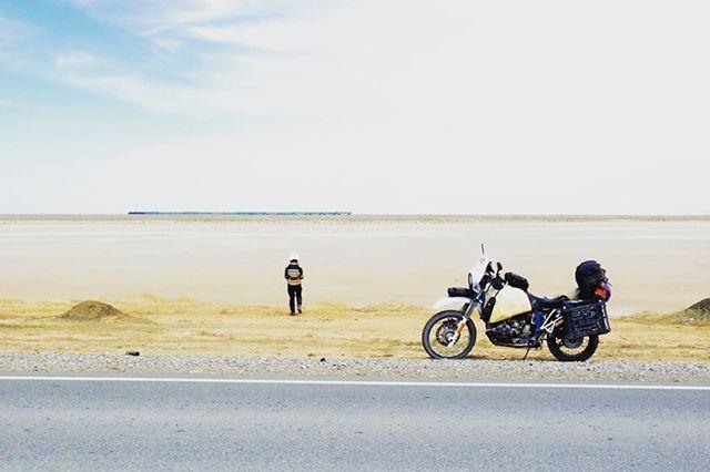 Battle panda en route to Aktau, Kazakhstan back in 2013. #bmwr100gs #bmwgs #vintagebmw #r100gs #bmwairhead #bmwmotorrad #makelifearide #advrider #rideandshare #dualsport #bmwadventureriders #advlife #overlandunited #xladv