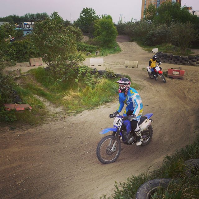 VC London Dirt Day at Dockland Riders. Great intro to off-roading, fantastic instructors, and the most fun you can have on a tiny bike!  #vcclondon #docklandsriders  #internationalfemalerideday #advrider #rideandshare #dualsportwomen #advlife #overlandunited #xladv