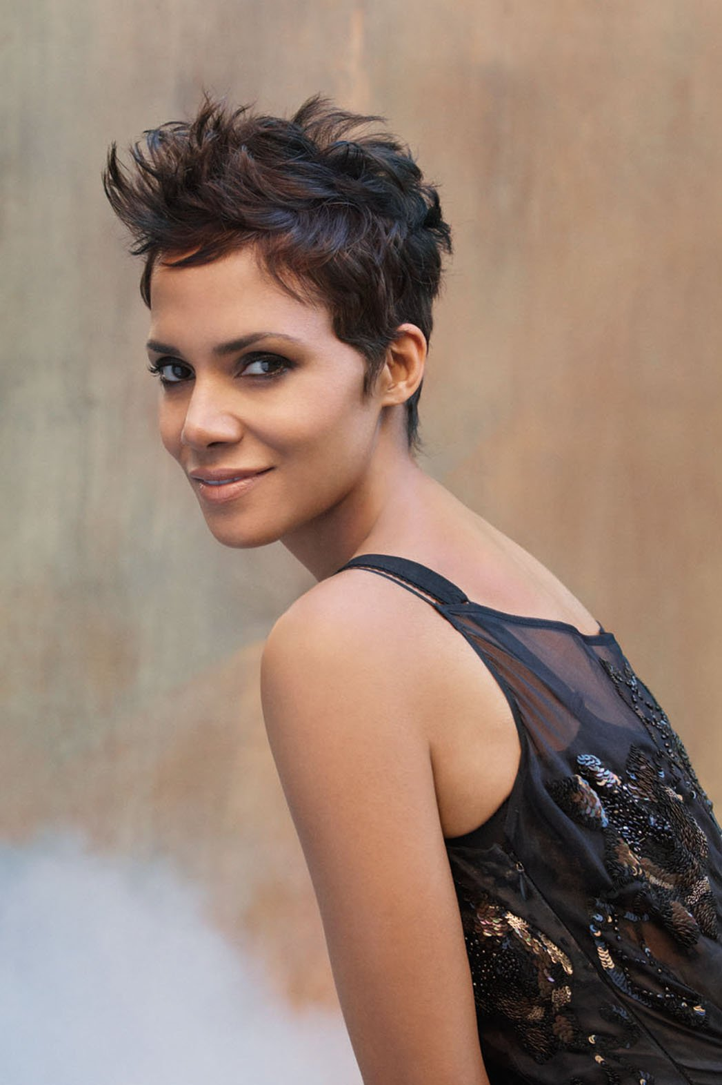 halle_berry_headshot_a_p