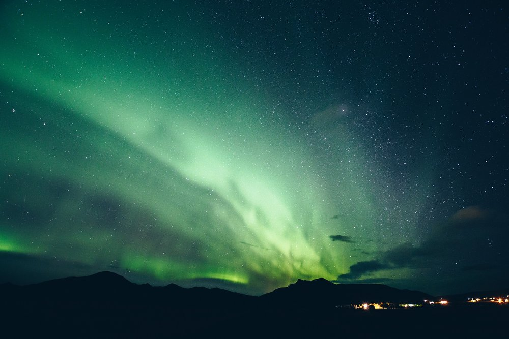 NORTHERN LIGHTS FOR DRANGEY GUESTHOUSE.jpg