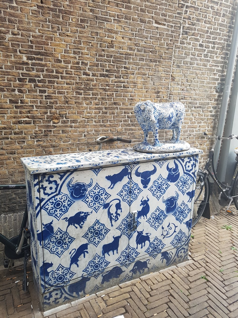 blue and white streets in delft