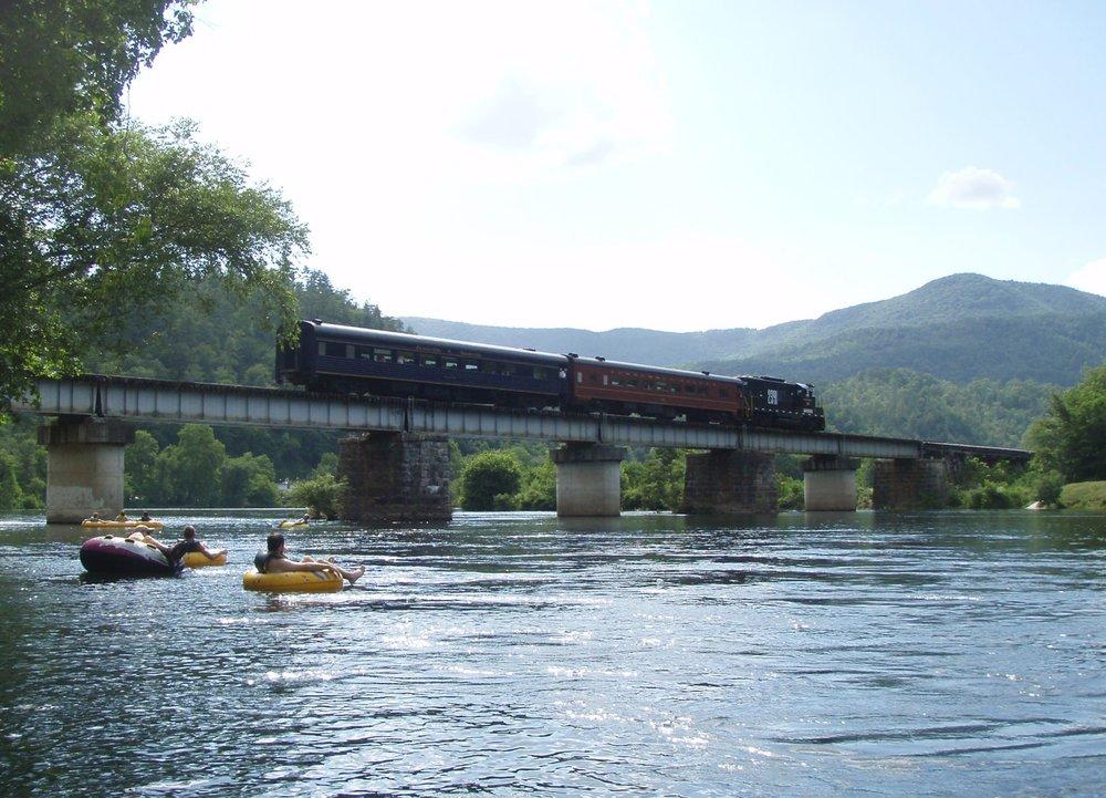 Hiwassee & train.jpg