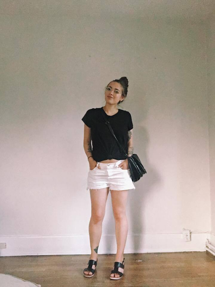 Top: Thrifted / Shorts: Levi's 501 cutoffs / Sandals: Thrifted / Bag: Thrifted