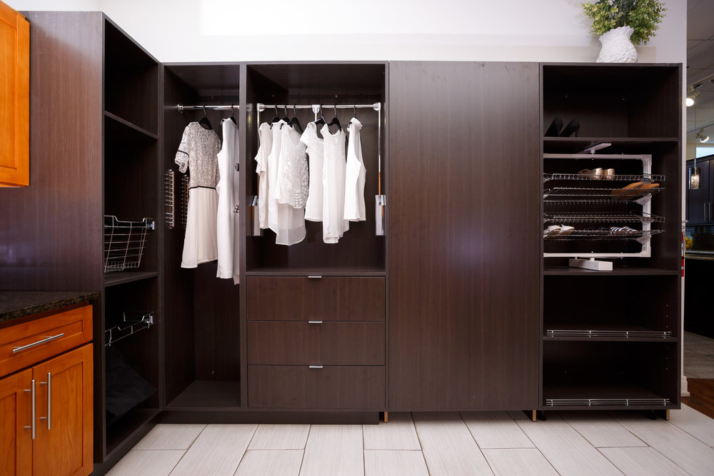 t2 Custom Closet Cabinets