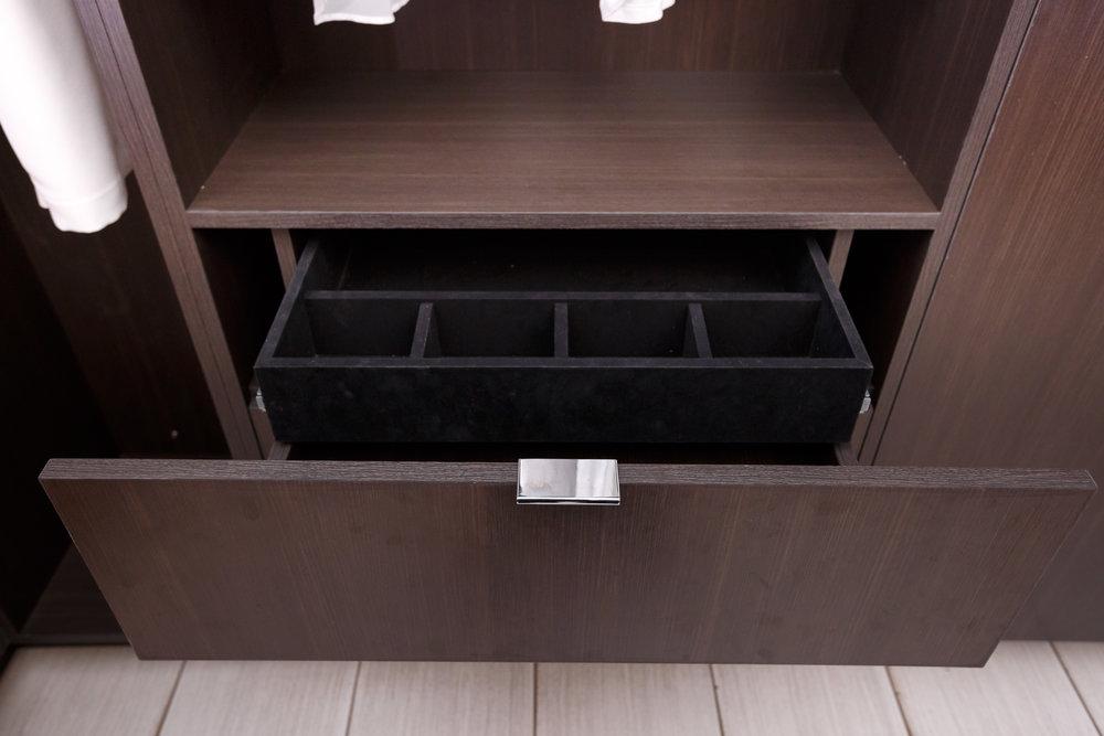 CabinetShoot01-0099.jpg