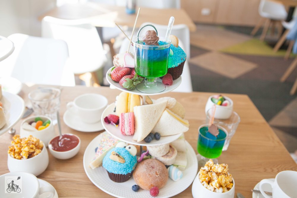 mamma knows south - kids high tea onboard searoad ferries