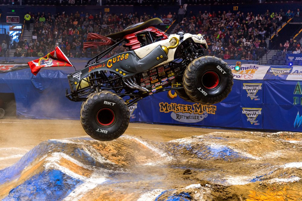 Pirates Curse, Monster Jam truck.jpg