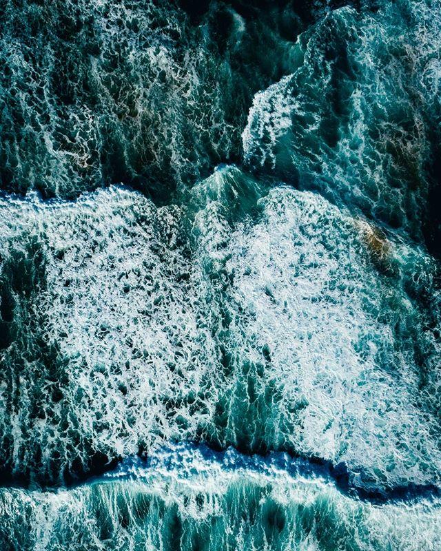 the chase. 🌊 . . Mornington Peninsula Canon 5d3 & 6d #morningtonpeninsula