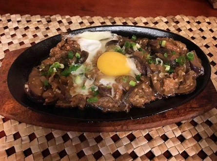 Delicious sisig. Get back in my belly -