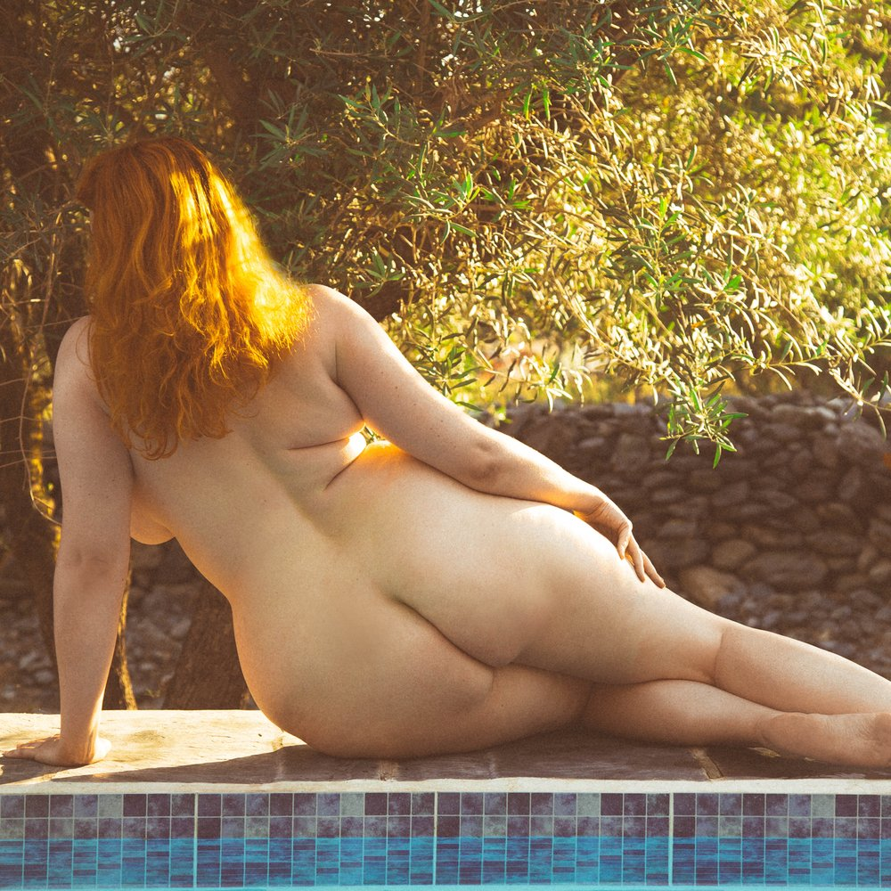 Amelia Swann, GFE, BBW, red head, London escort, London GFE