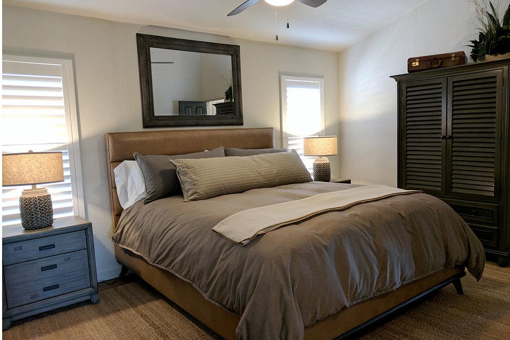 4811 Master Bedroom.jpg