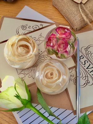 real flower globe paperweights hilton gardening