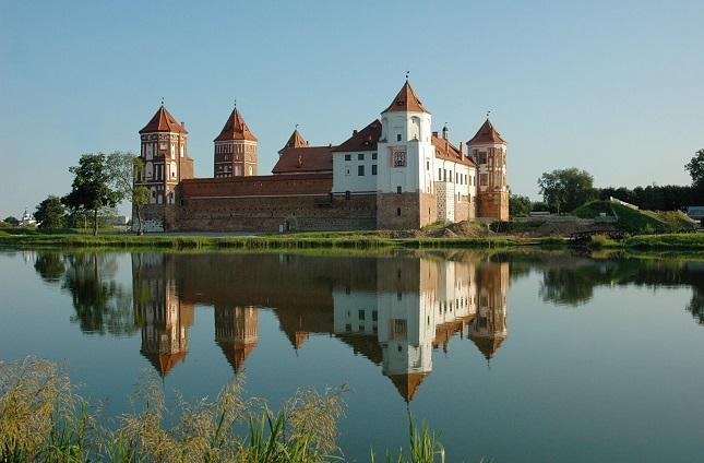 castillo mir