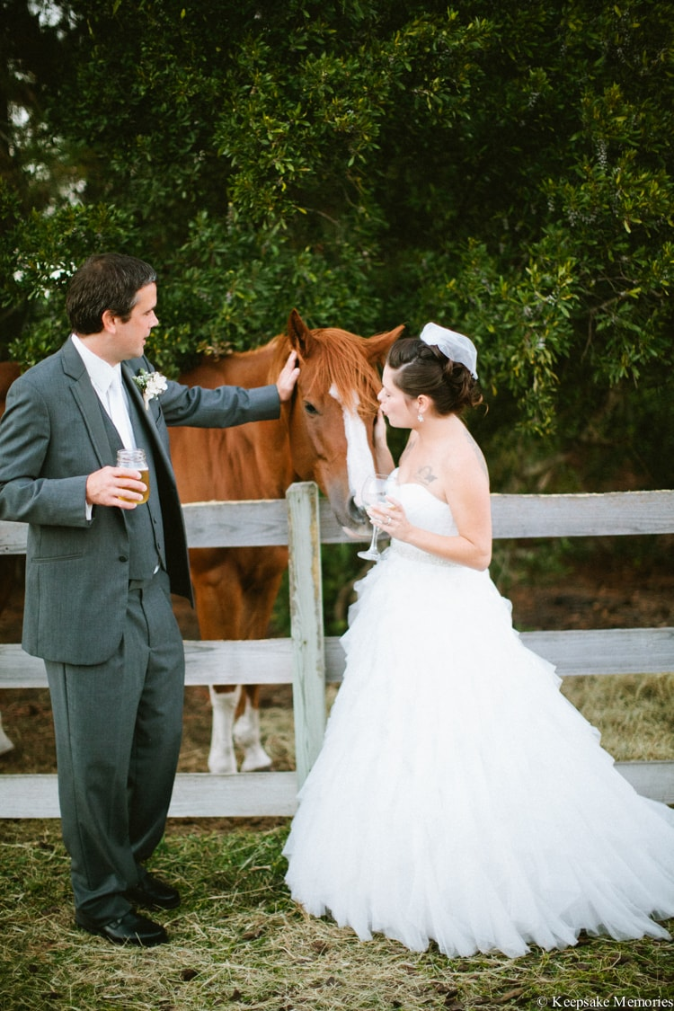 the-watson-house-vintage-emerald-isle-nc-wedding-14-min
