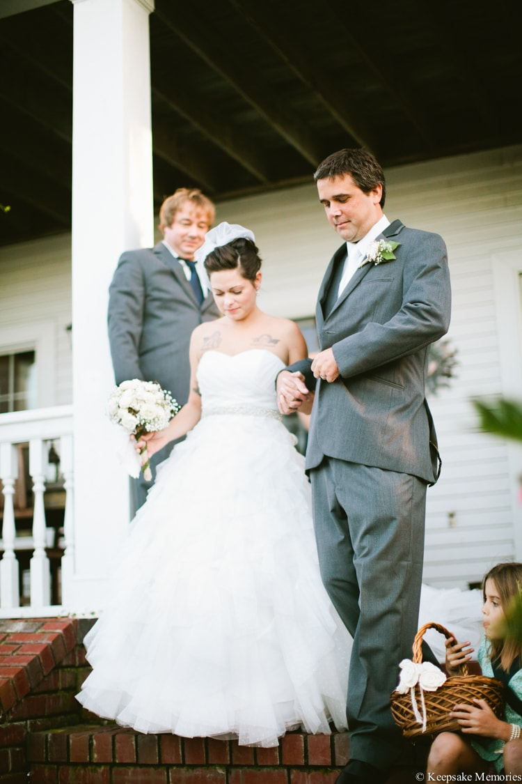 the-watson-house-vintage-emerald-isle-nc-wedding-20-min