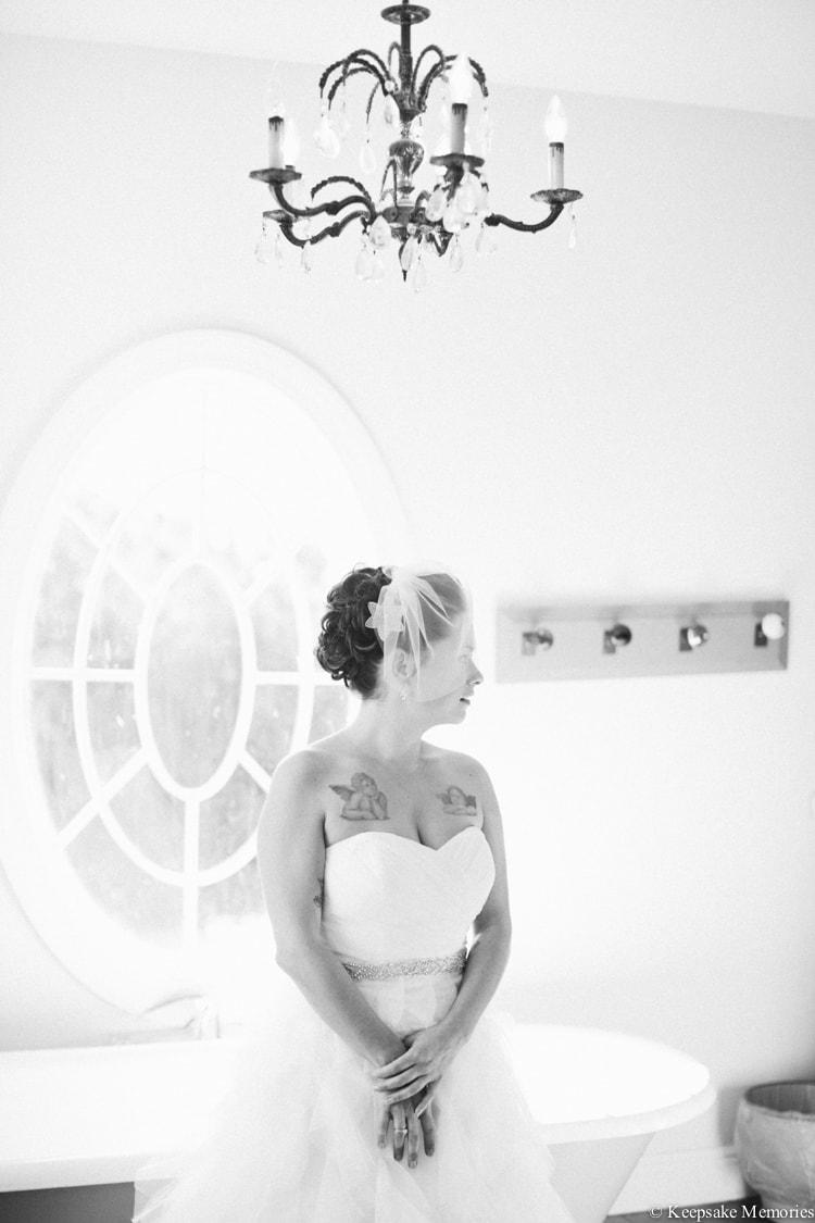 the-watson-house-vintage-emerald-isle-nc-wedding-3-min
