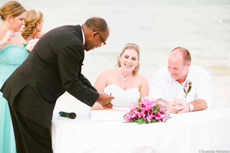 iberostar-montego-bay-jamaica-wedding-photographers-21-min.jpg