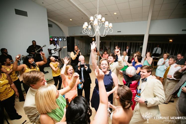 coral-bay-club-atlantic-beach-nc-wedding-photographers-15.jpg