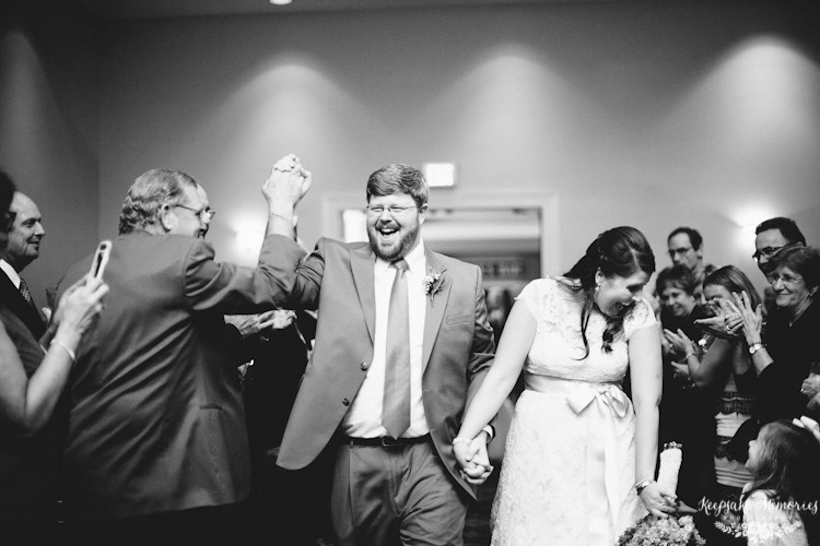 jacksonville-nc-country-club-wedding-photos-11.jpg