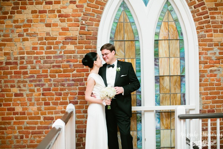 winter-st-thomas-preservation-hall-wilmington-nc-wedding-photographers-9.jpg