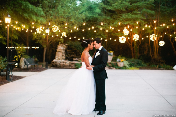 the-garden-at-millbrook-raleigh-wedding-photographers-40-min.jpg