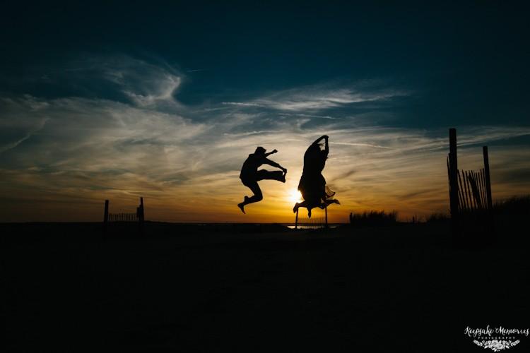emerald-isle-nc-sunset-engagement-photos-4.jpg