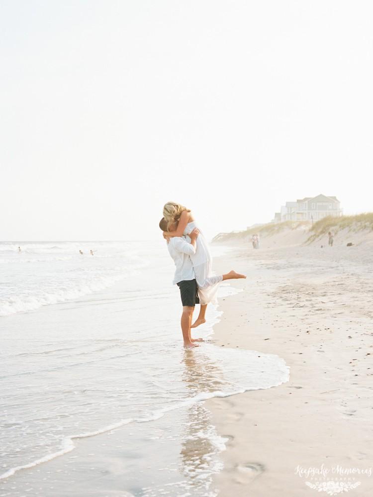 topsail-island-north-carolina-engagement-photographer-4.jpg