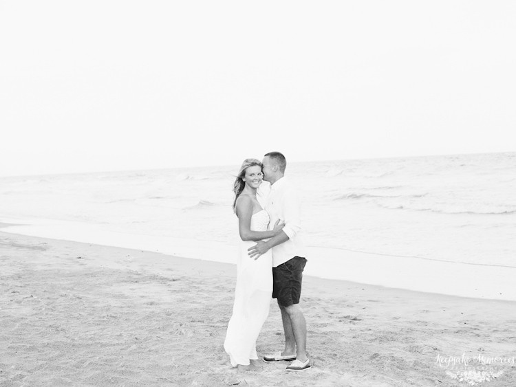topsail-island-north-carolina-engagement-photographer-5.jpg