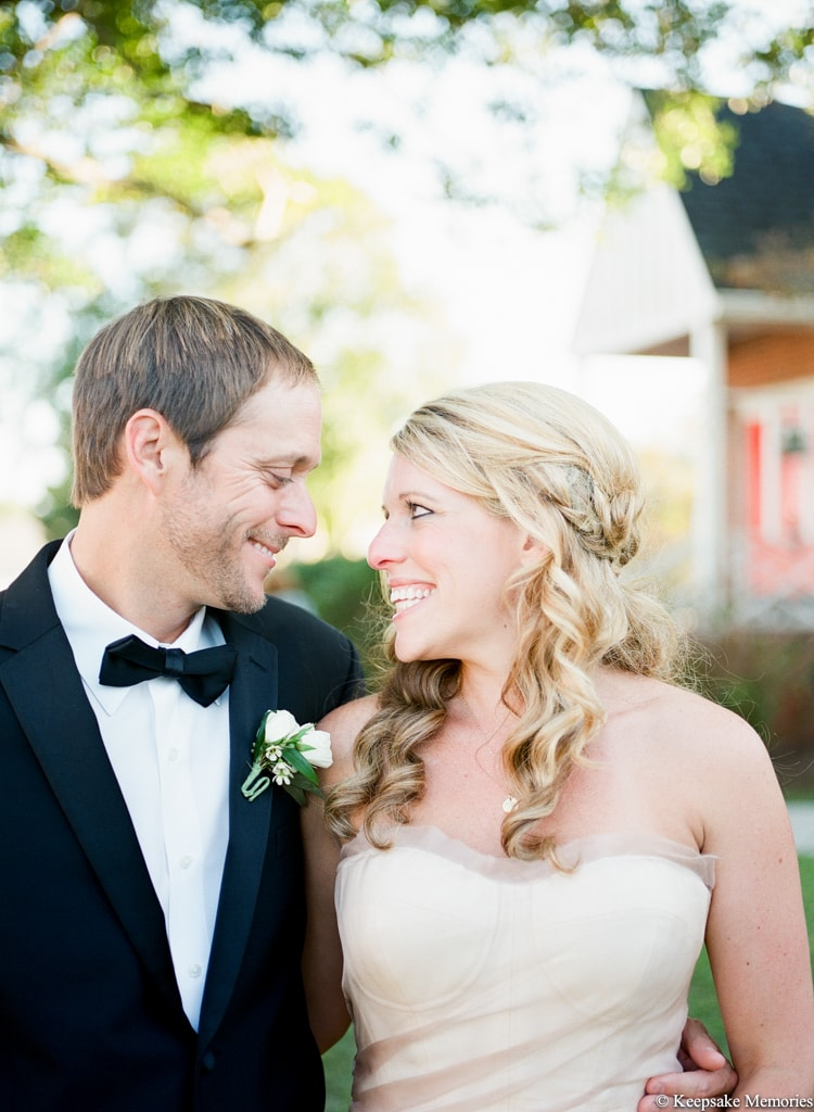 watson-house-emerald-isle-nc-wedding-laura-aaron-16-min