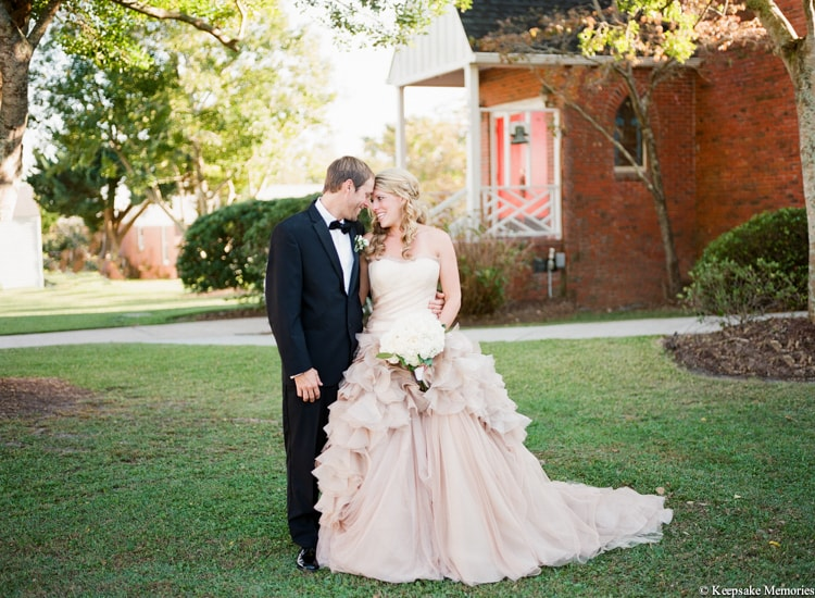 watson-house-emerald-isle-nc-wedding-laura-aaron-17-min