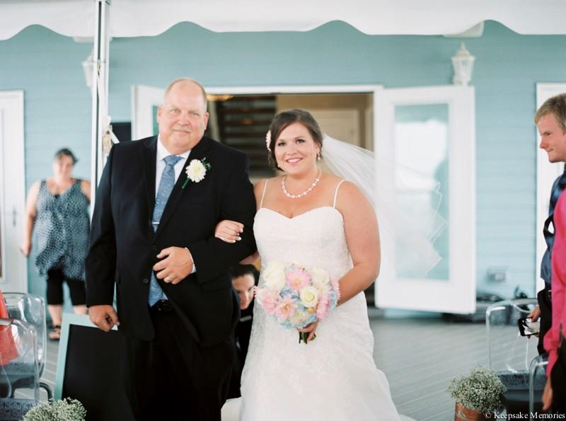 atlantic-beach-celebration-cottage-wedding-photographers-10.jpg
