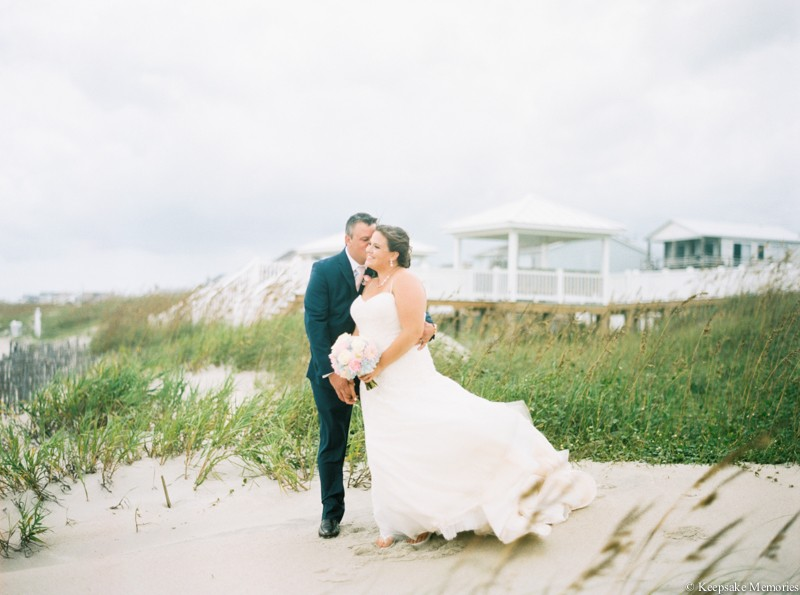 atlantic-beach-celebration-cottage-wedding-photographers-19.jpg