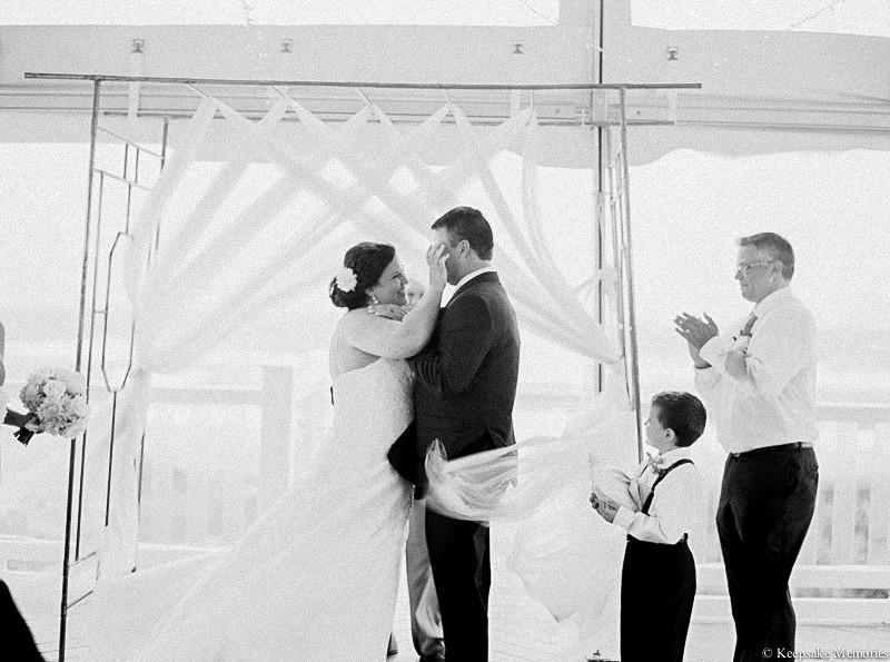 atlantic-beach-celebration-cottage-wedding-photographers-12.jpg
