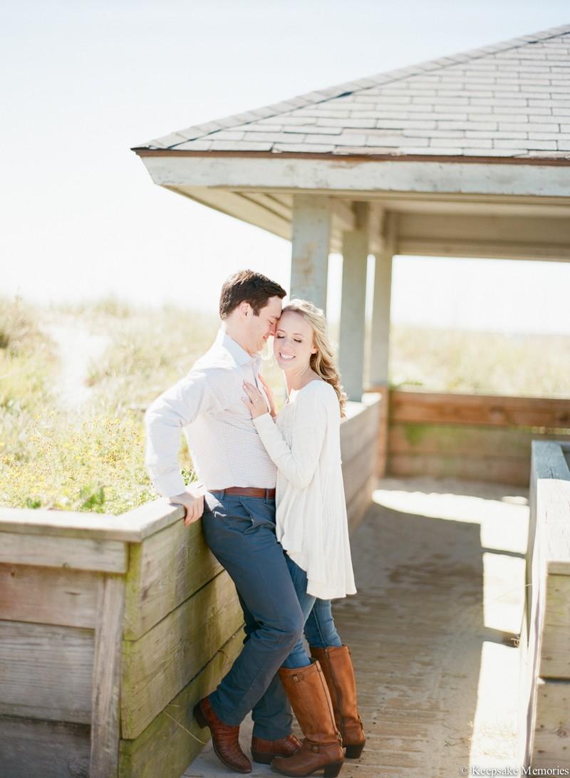 wrightsville-beach-north-carolina-engagement-photos-13.jpg