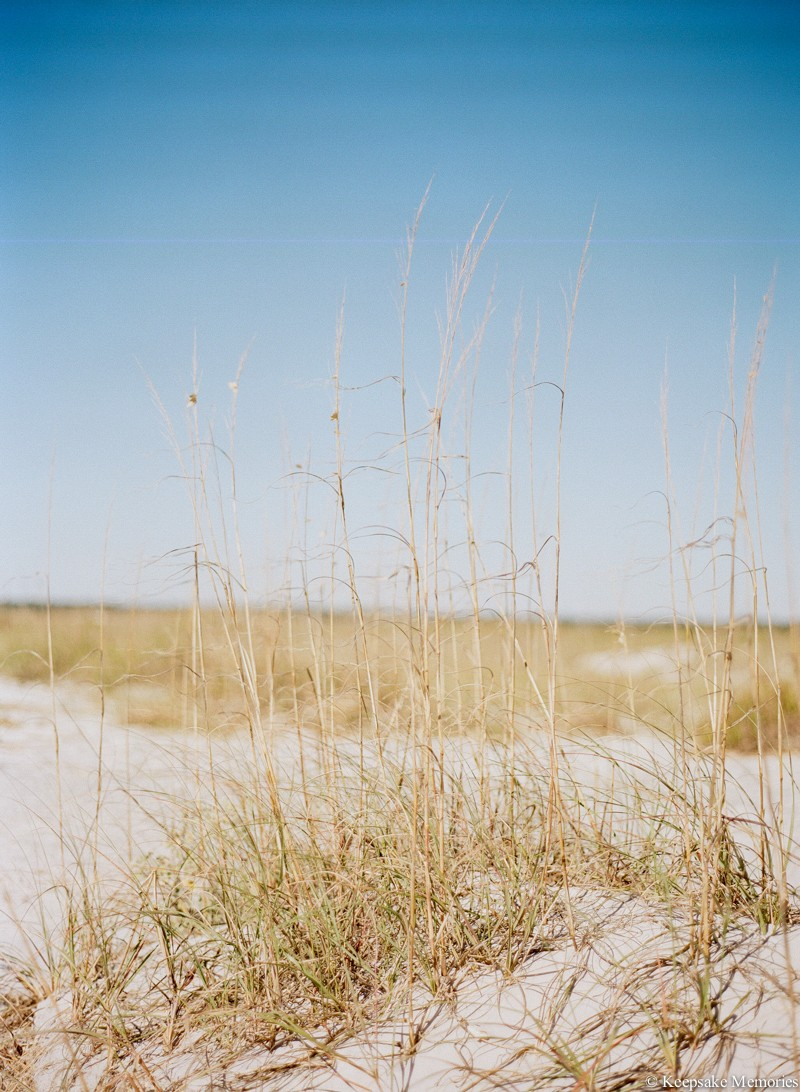 wrightsville-beach-north-carolina-engagement-photos-5.jpg