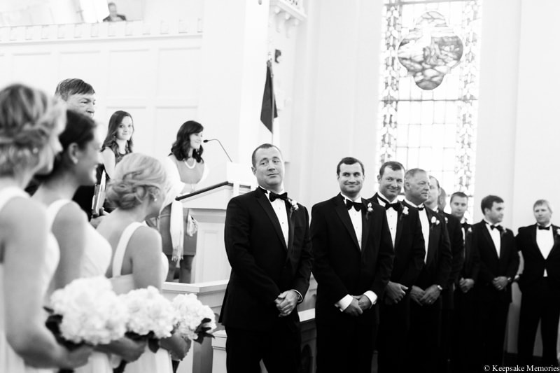 first-methodist-church-morehead-city-nc-wedding-14-min.jpg