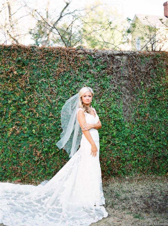 bellamy-mansion-wilmington-nc-wedding-photography-9-min.jpg
