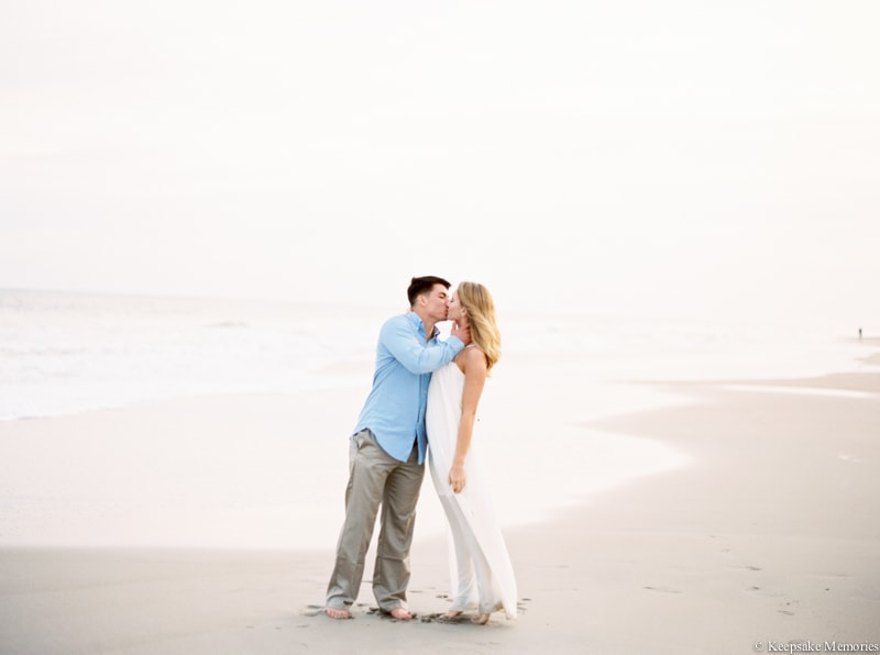 north-carolina-beach-engagement-photographers-3-min.jpg
