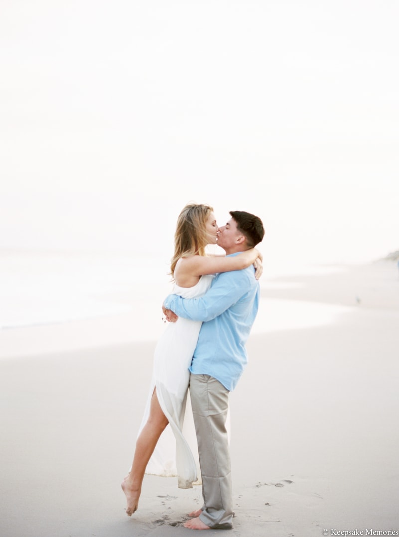 north-carolina-beach-engagement-photographers-4-min.jpg