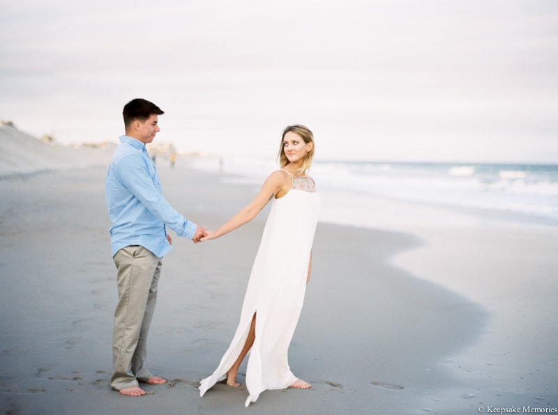 north-carolina-beach-engagement-photographers-5-min.jpg